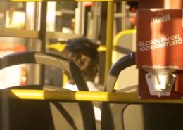Ônibus recebem dispensers de álcool em gel