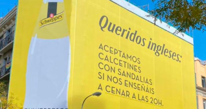 Canais OOH apoiam o restabelecimento de restaurantes na Espanha